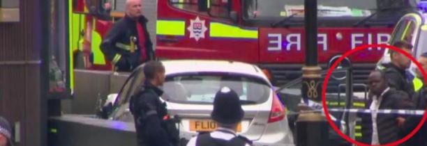 """LONDRES : L'homme """"suspecté d'acte terroriste"""" - Plusieurs personnes blessées"""
