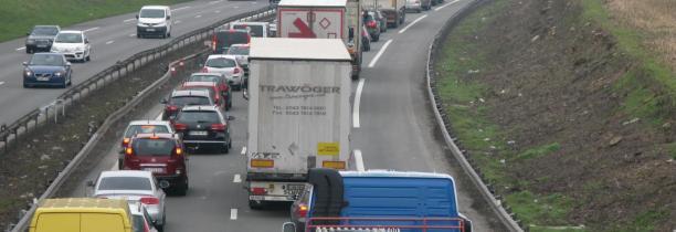 Accident mortel à Phalempin : une voiture écrasée par deux camions