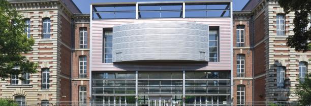 Le lycée Montebello de Lille, est bloqué